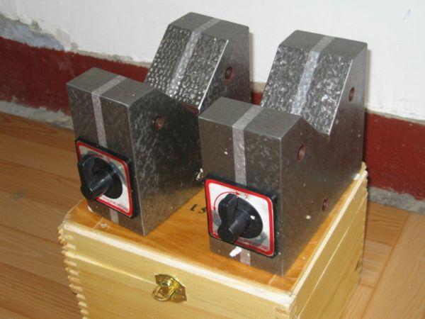 钳工v形块_机床铸件 铸铁平台 铸铁检验平板 大型铸件生产厂家 消失模铸件 ...